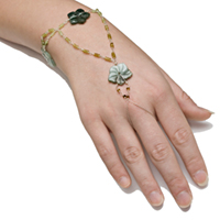 Jade and Grossular Garnet Slave Bracelet