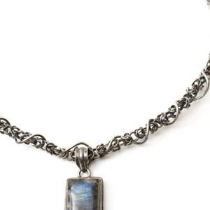 Sterling Silver Chain Maille and Labradorite Collar